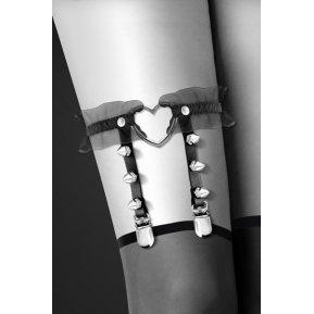 Гартер на ногу Bijoux Pour Toi - WITH HEART AND SPIKES Black, сексуальная подвязка с сердечком