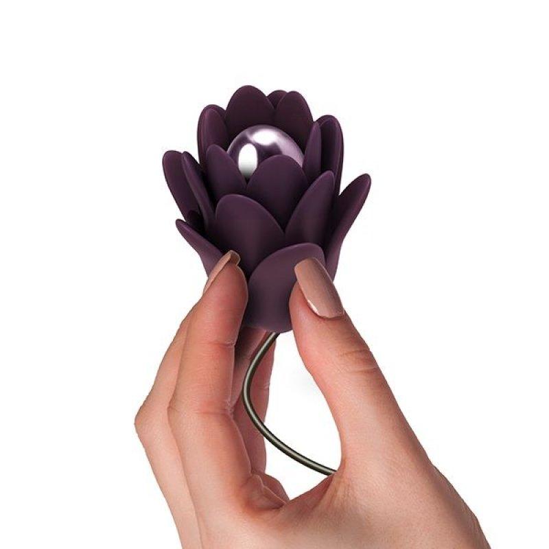 Нежный вибростимулятор цветок Rocks Off - Zinnia, нежные лепестки, пульт ДУ, 10 режимов работы